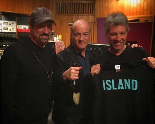 Island Records comme maison de disque